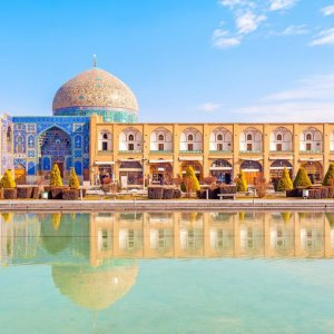 Russia, Iran to Open Tourism Offices