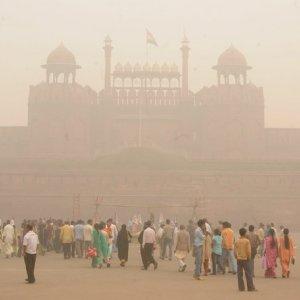 Delhi Looks to Even-Odd Commute Scheme