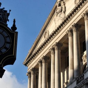 BoE Sees UK Rate Hike Sooner