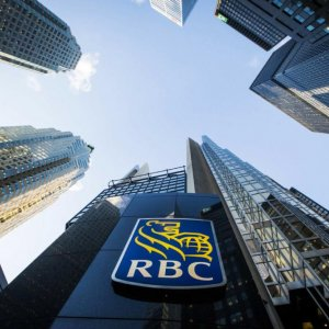 Canada's Big Banks Earn $34b in Slow Economy