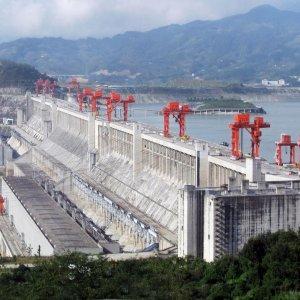Cash-Strapped LatAm States Seeking Credit From China
