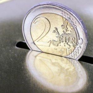 Dutch Seek More Debt