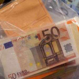 Fake Euros Flood Market