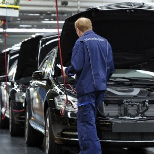 German Private Sector Defies Forecasts