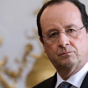 Hollande Proposes Creation of Eurozone Gov't