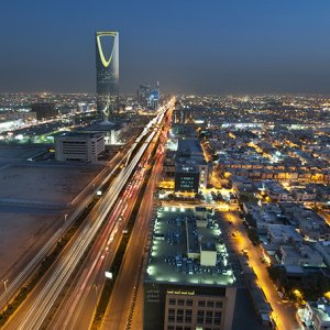 How Long Can Saudi Economy Survive Against Cheap Oil?