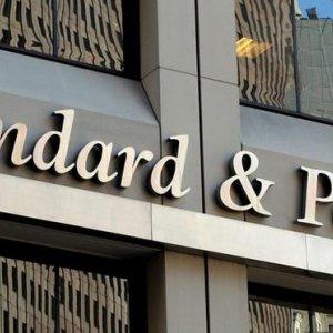 S&P Downgrades EU Outlook to Negative
