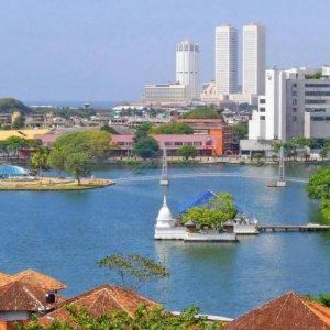 Sri Lanka  Trade Deficit Contracts