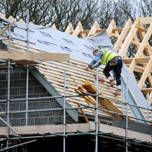 UK Construction Growth Falls