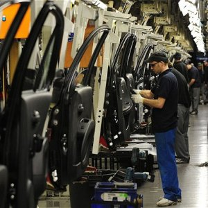 UK Industrial Output at 6-Month High