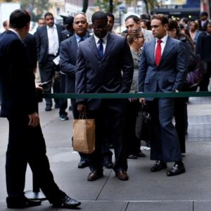 US Joblessness Rises