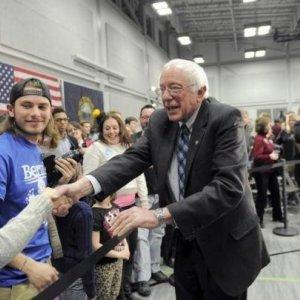 Sanders Attacks US Banks