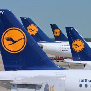 Lufthansa Targets Mideast With Premium Economy