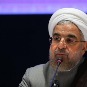 Rouhani Urges Courage in Nuclear Issue
