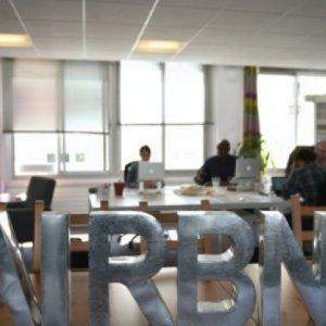 Airbnb Raises $1.5b, Boosting Its Value to $25.5b