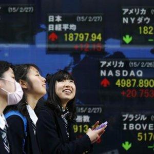 Asia, Yahoo Shares Slip, Nikkei High