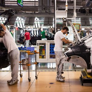 Auto Sector Boosts Slovak Growth