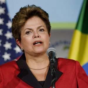 Rousseff Cuts Spending by 1/3