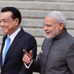 China, India Sign $22b in Deals