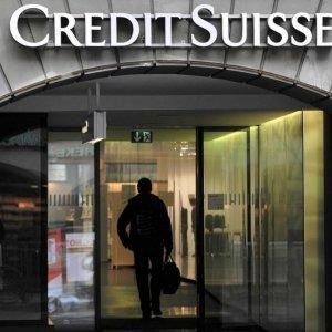Credit Suisse May Cut Bonus