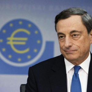 Draghi to Expand QE Fearing Shallow Recovery