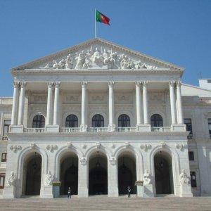 EC Critical of Portugal Draft Budget