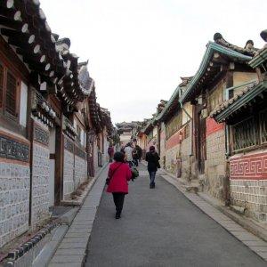 Economic Downturn Looms in S. Korea