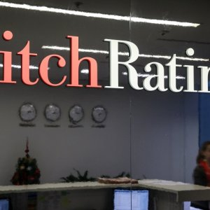 Fitch Revises Brazil Rating From Stable to Negative