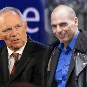 Greek Default Controllable