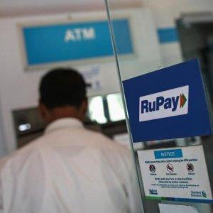 India Plans Cashless Economy