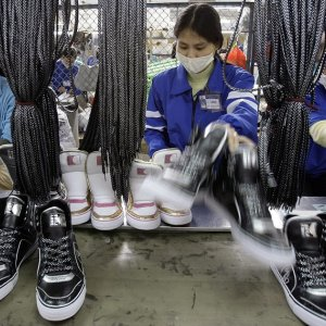 50,000 Indonesia Workers Lose Jobs