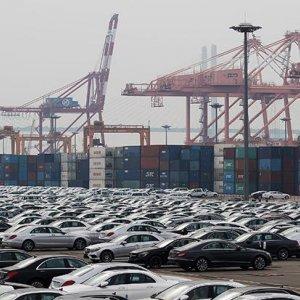 S. Korea Exports Plunge 10.9%