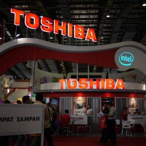 Toshiba  to Book $858m Loss