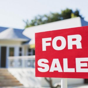 US Realtors Say Pending Home Sales Fall in Nov.