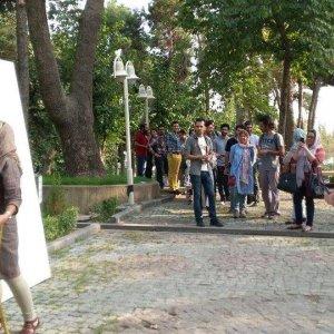 2000 Visitors Create 'Artwork of Peace'