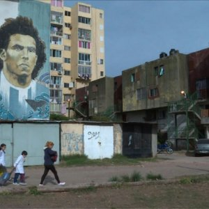 Buenos Aires Fights Vandalism With Street Art