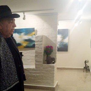 Ghadiri's 'Perception' at Golestan Gallery