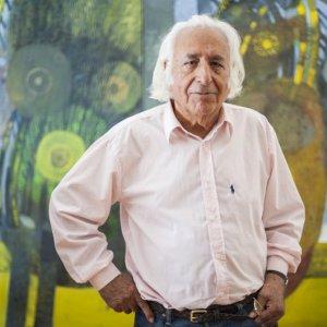 Nonagenarian Artist Showcases Works After 6 Decades