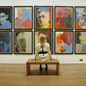 Thief Replaced 9 Warhol Prints With Fakes