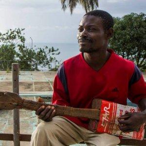 Blind Homeless Guitar Master