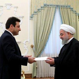 Rouhani Reiterates Backing for Lebanon