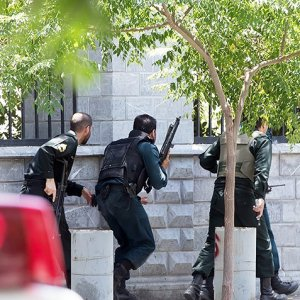 Court Sentences 8 IS Terrorists to Death