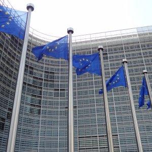Europe Prepares Measures to Save Iran Deal