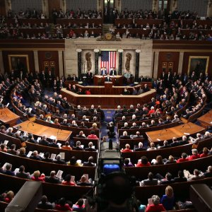 Sanctions Bill Faces Differing Views in US House