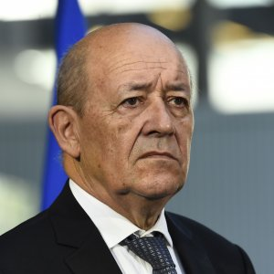French FM Due in Tehran  Next Month