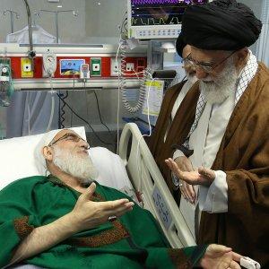 Leader Visits Hospitalized Ayatollah Shahroudi