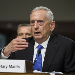 US Defense Chief Stresses Diplomacy on Iran