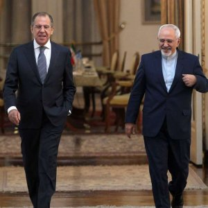 Zarif, Lavrov Discuss JCPOA, Mideast