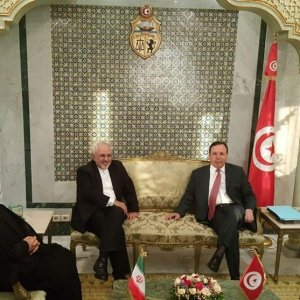 Zarif Confers With Tunisian Leaders