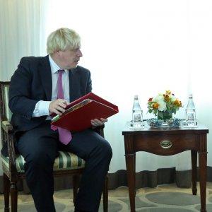 Tehran, London Keen on Improving Relations